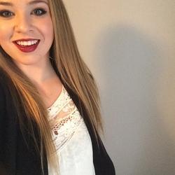 Hayley R